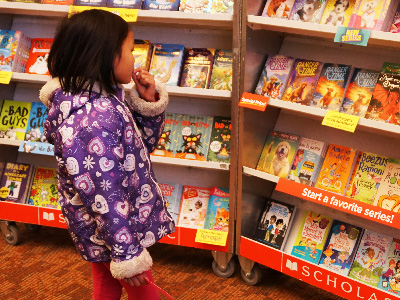 Lititz Elementary Holds Annual Scholastic Book Fair